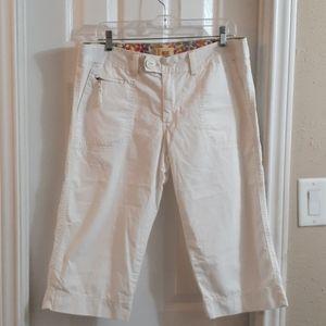 Levi's  capris pants  size 10